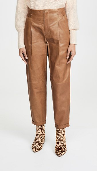 Closed bay pants in tobacco