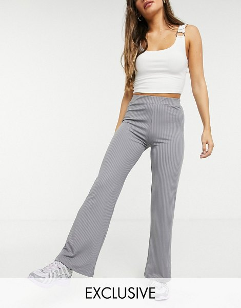 Collusion rib flares in dark charcoal-gray in gray