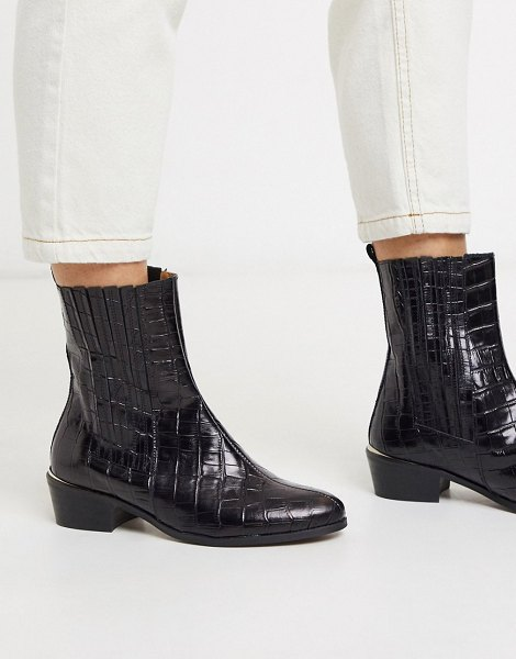 DEPP flat ankle boots in black croc effect leather in black