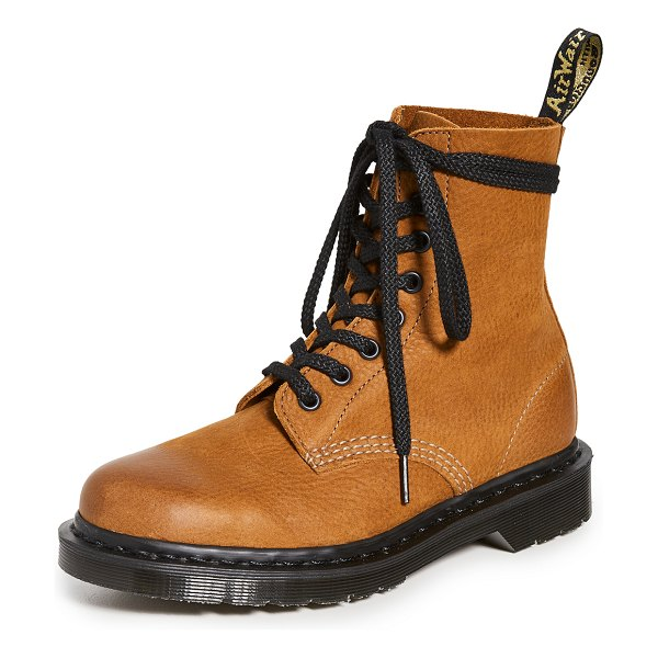 Dr. Martens 1460 pascal 8 eye boots in tan