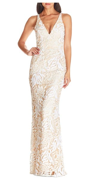 Dress the Population sharon lace evening gown in off white