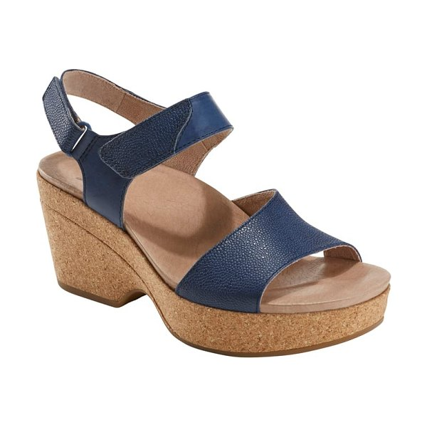 Earth earth kella platform sandal in blue - Richly grained leather straps add a dash of...