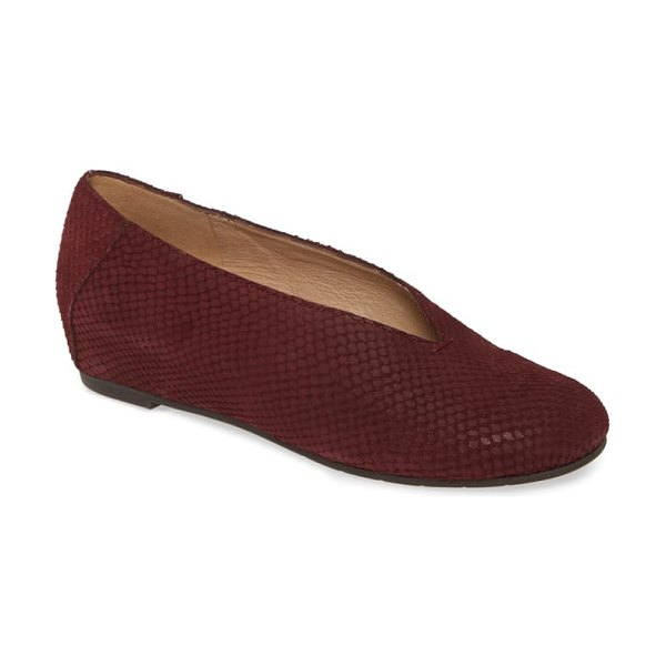 Eileen Fisher patch flat in burgundy nubuck leather