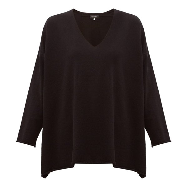 eskandar v-neck cashmere sweater in black