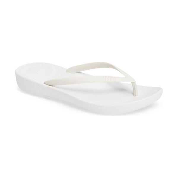 FitFlop iqushion flip flop in urban white