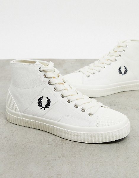 Fred Perry hughes mid canvas sneakers in ecru-beige in beige