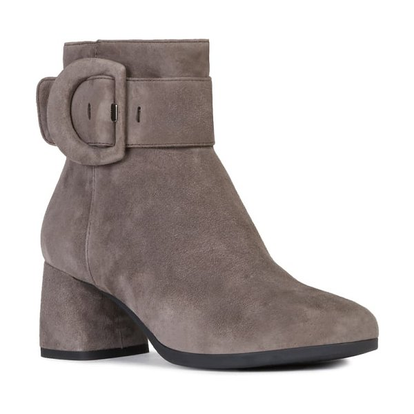 Geox calinda bootie in chestnut suede
