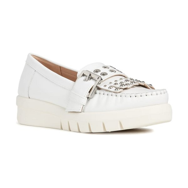 Geox wimbley studded kiltie loafer in white leather - Gleaming grommets and gradient studs punctuate a buckled...