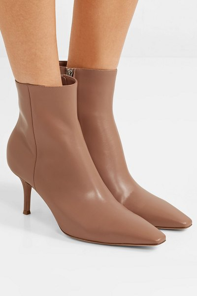 Gianvito Rossi 70 leather ankle boots in taupe