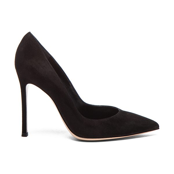 Gianvito Rossi Suede Gianvito Pumps in black - Suede upper with leather sole.  Made in Italy.  Approx...