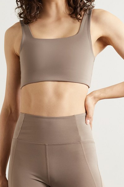 GIRLFRIEND COLLECTIVE tommy recycled stretch sports bra in mushroom