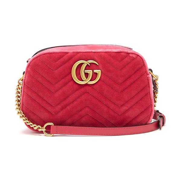 Gucci gg marmont quilted velvet cross body bag in pink