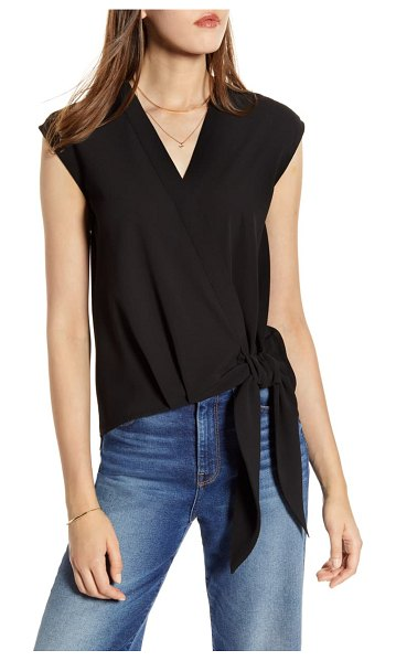 Halogen halogen faux wrap top in black