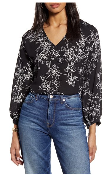 Halogen halogen v-neck blouse in black- ivory c casper floral