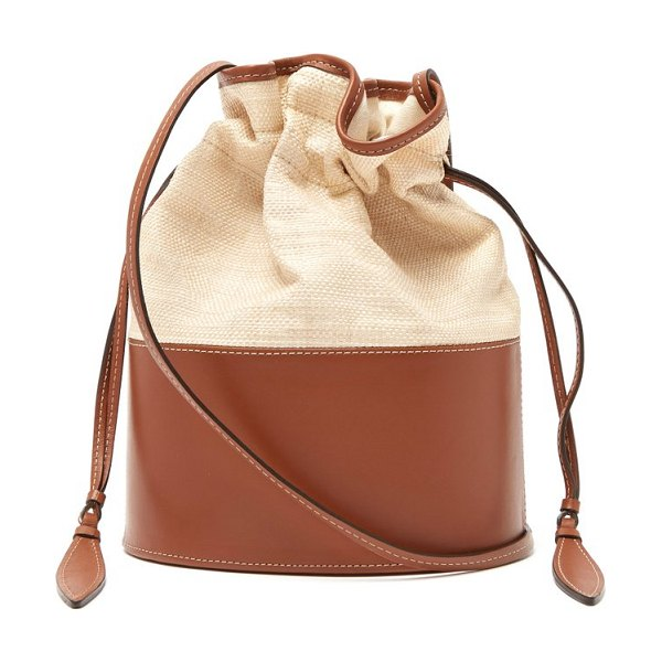 Hunting Season lola raffia and leather shoulder bag in tan multi - Hunting Season - Hunting Season's focus on traditional...