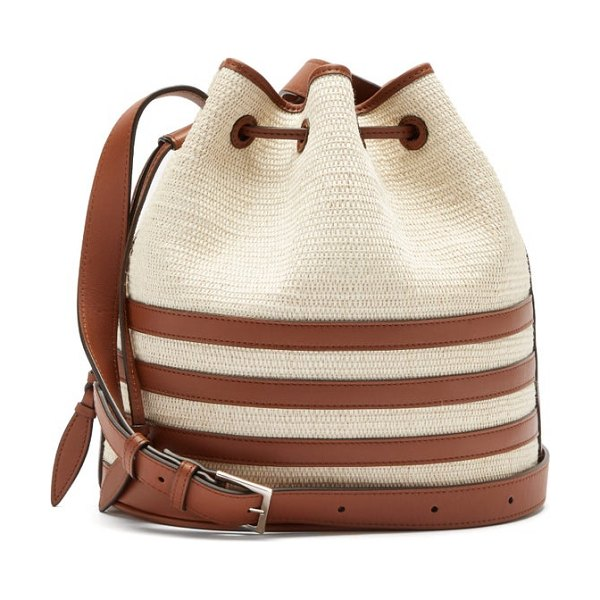 Hunting Season the drawstring leather and iraca palm bucket bag in beige multi