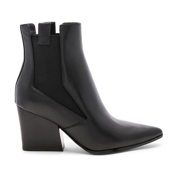 KENDALL + KYLIE finigan boot in black leather
