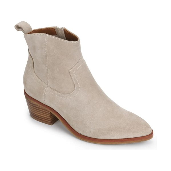 Kenneth Cole arlo western boot in light taupe suede
