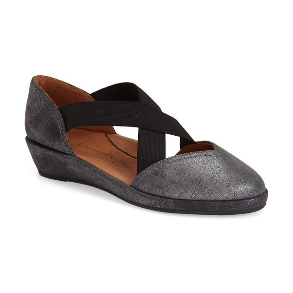 L'Amour des Pieds 'bane' wedge in graphite metal