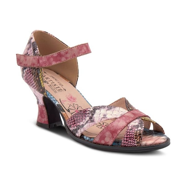 L'Artiste glamour sandal in pink leather