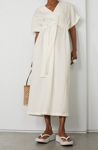LE 17 SEPTEMBRE belted textured-cotton midi dress in white