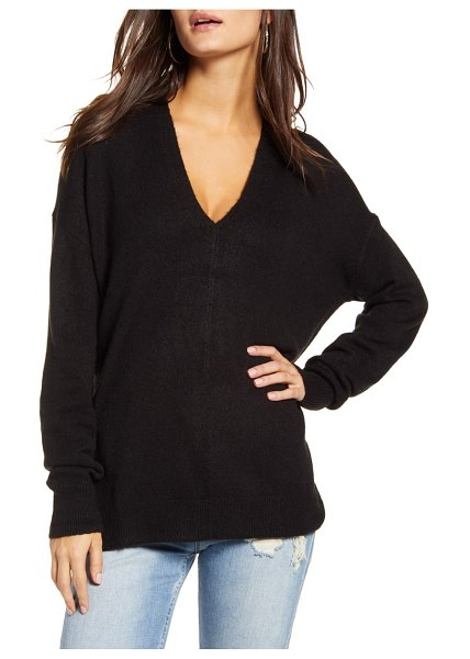 Leith cozy v-neck sweater in black