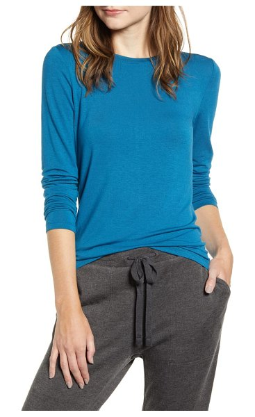 LOU & GREY softened jersey layering tee in burning sapphire
