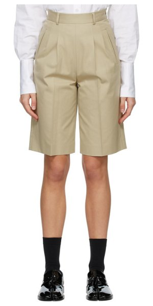 Maison Margiela beige city shorts in 119 beige
