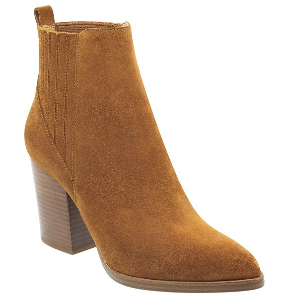 MARC FISHER LTD Alva Suede Pleated Chelsea Booties in med brown rhum