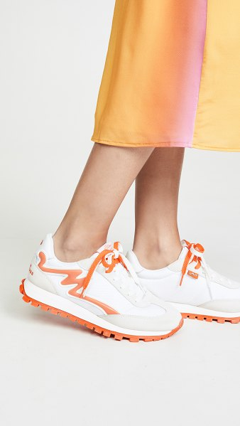 The Marc Jacobs the jogger sneakers in off white/orange