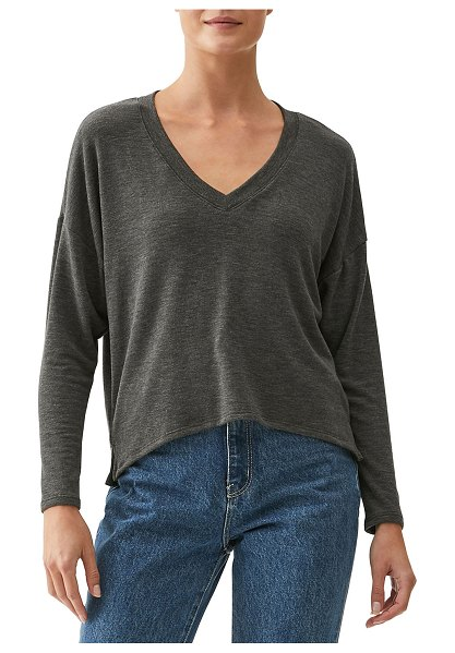 Michael Stars Sam V-Neck Crop Top in charcoal