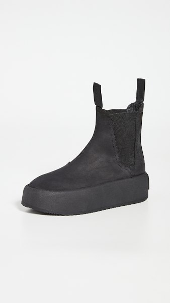 MM6 Maison Margiela chunky pull on boots in black
