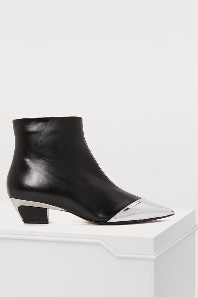 N 21 Pointed toe ankle boots in black