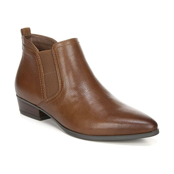 Naturalizer becka bootie in cinnamon leather