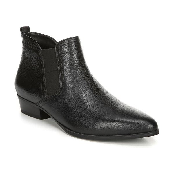 Naturalizer becka bootie in black leather