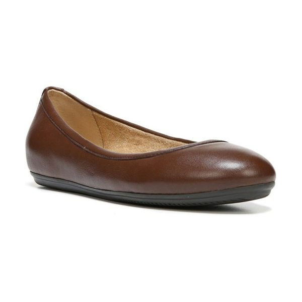 Naturalizer brittany ballet flat in brown leather