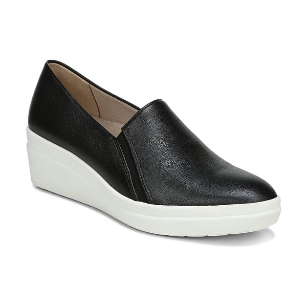 Naturalizer snowy slip-on wedge in black leather