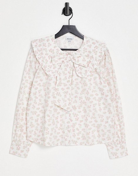 Neon Rose relaxed blouse with pussybow in vintage floral-white in white