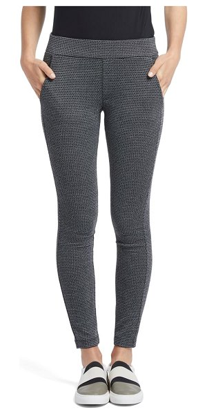 NIC+ZOE patterned skinny knit pants in black mix