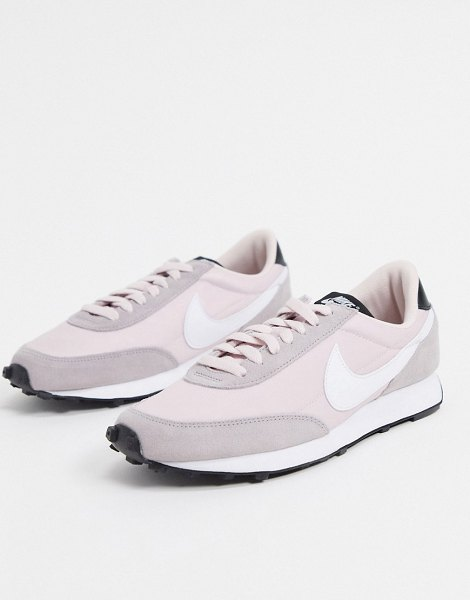 Nike daybreak sneakers in white and pink in white