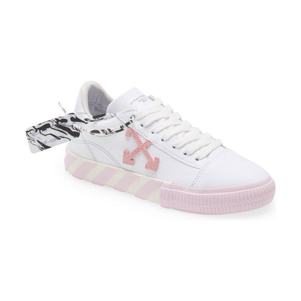 OFF-WHITE vulcanized low top sneaker in white/pink