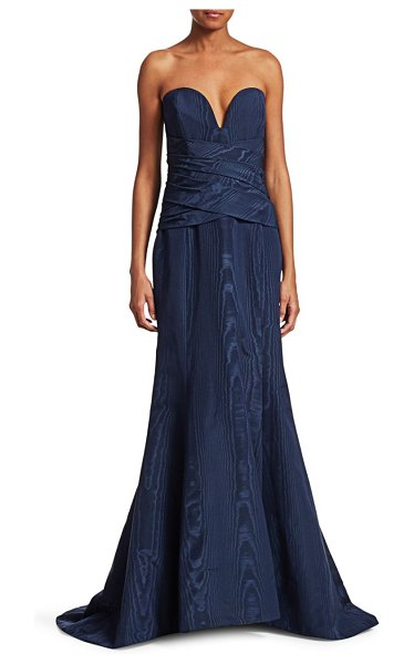 Oscar de la Renta Strapless V-Neck Mermaid Gown in navy