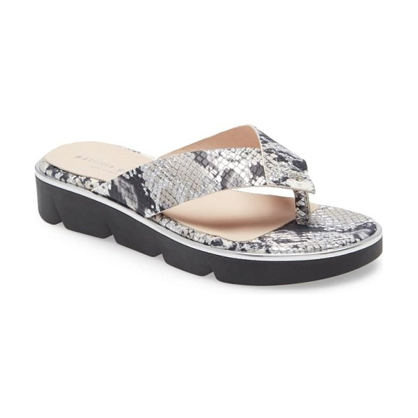 patricia green casablanca flip flop in mix silver snake print leather