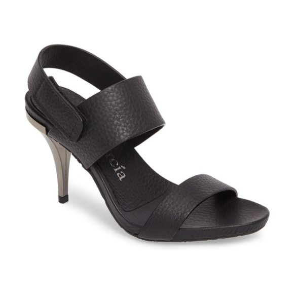 Pedro Garcia yelina sandal in black - Crisp and classic in a fresh white hue, these leather...