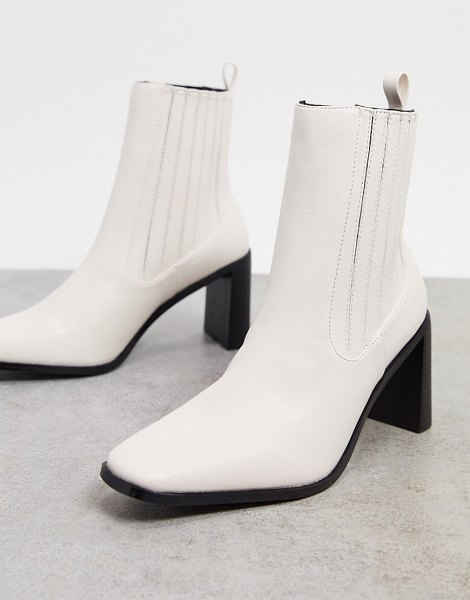 Raid benita heeled chelsea boots in off white in white
