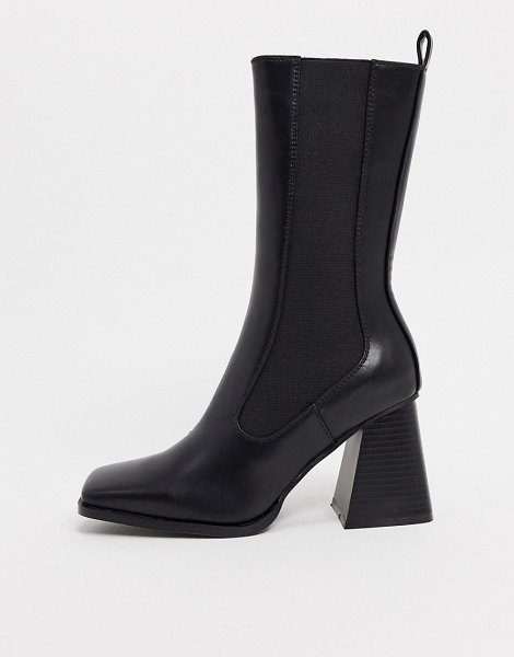 Raid react chelsea boots in black in black