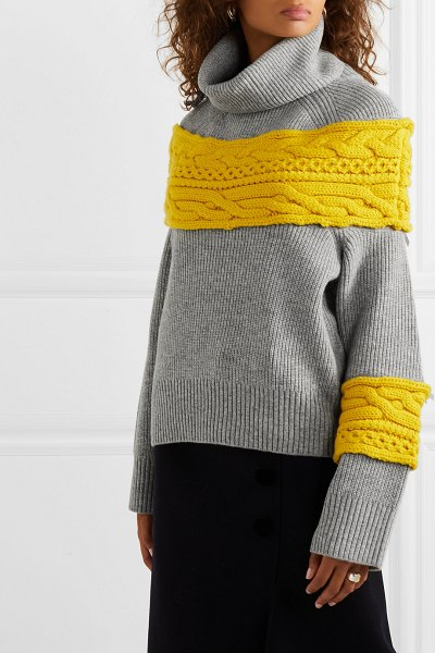 Sacai cable knit-paneled wool-blend turtleneck sweater in gray