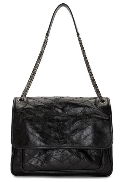 Saint Laurent black niki monogramme chain bag in 1000 black - Wrinkled vintage leather shoulder bag in black. Sliding...