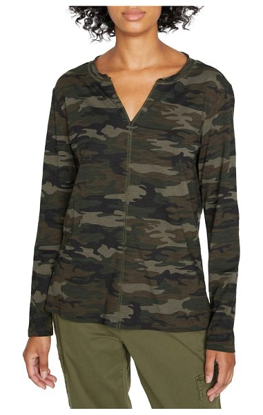 Sanctuary ives long sleeve top in forest camo