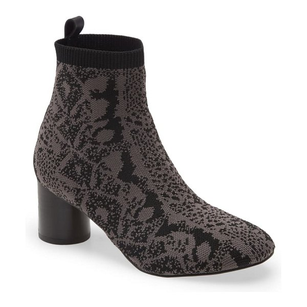 Sanctuary rhythm ribbed cuff boot in charcoal black fabric